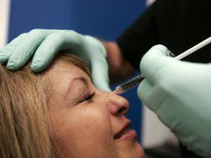 Больно ли делать блефаропластику под местной анестезией
